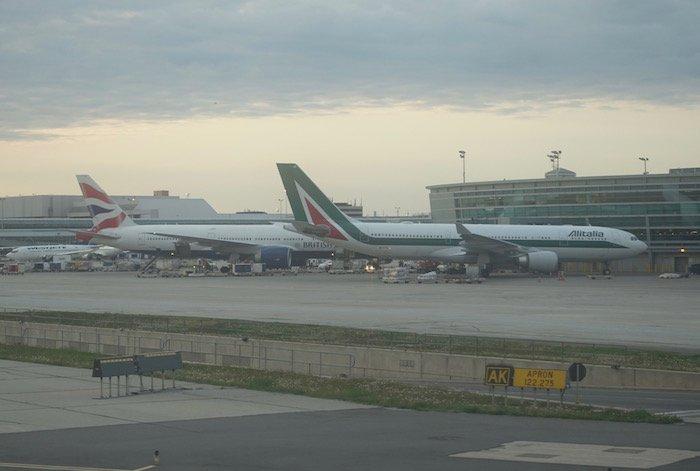 Air-Canada-787-Business-Class - 73