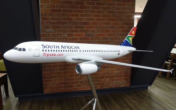 South-African-Airways-Lounge-Johannesburg - 11