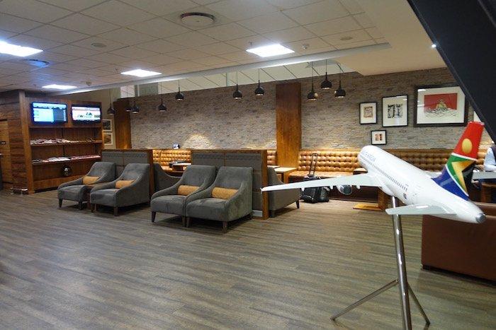 South-African-Airways-Lounge-Johannesburg - 14