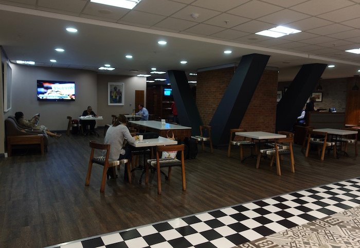 South-African-Airways-Lounge-Johannesburg - 24
