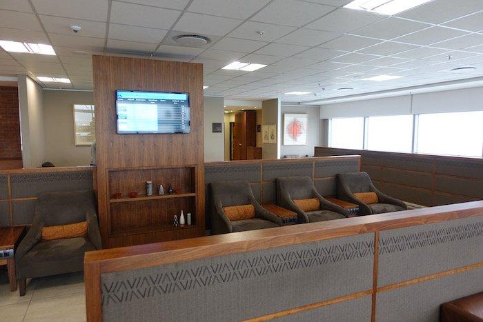 South-African-Airways-Lounge-Johannesburg - 30