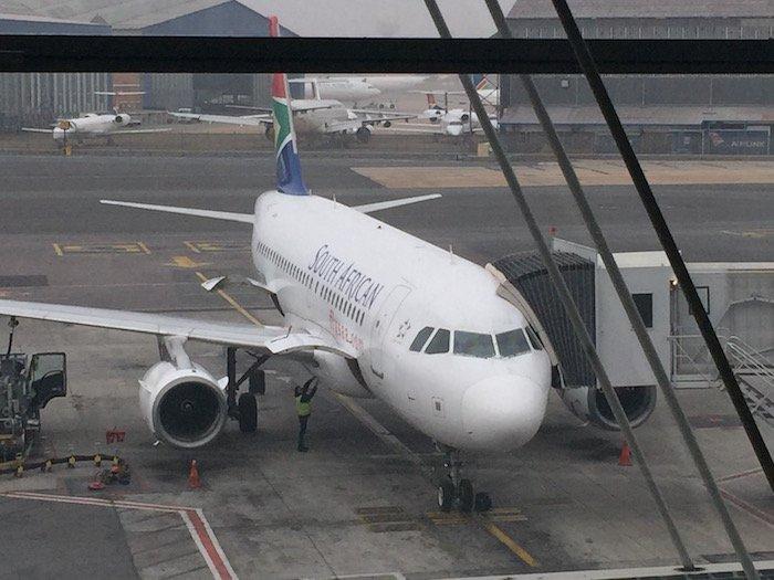 South-African-Airways-Lounge-Johannesburg - 37