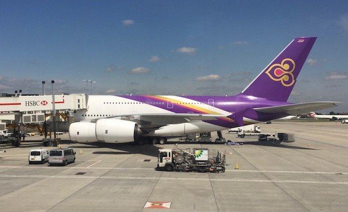 Air-Canada-777-Business-Class - 21