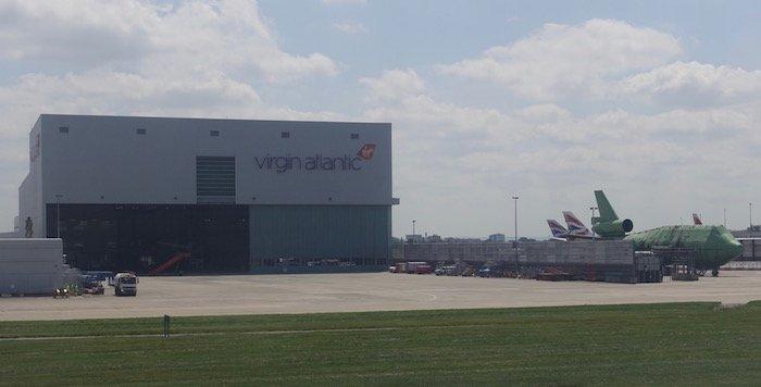 Air-Canada-777-Business-Class - 22