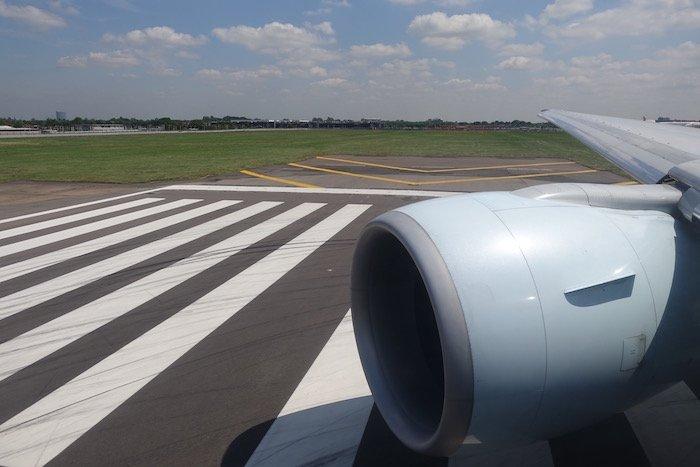 Air-Canada-777-Business-Class - 26