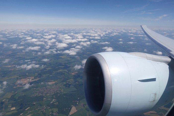 Air-Canada-777-Business-Class - 29