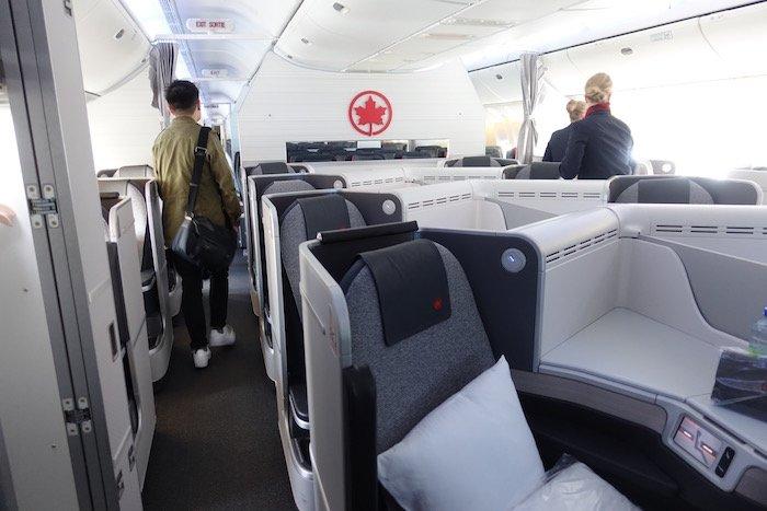 Air-Canada-777-Business-Class - 3