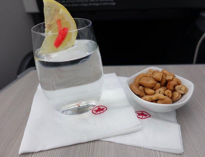 Air-Canada-777-Business-Class - 39