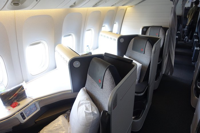 Air-Canada-777-Business-Class - 5
