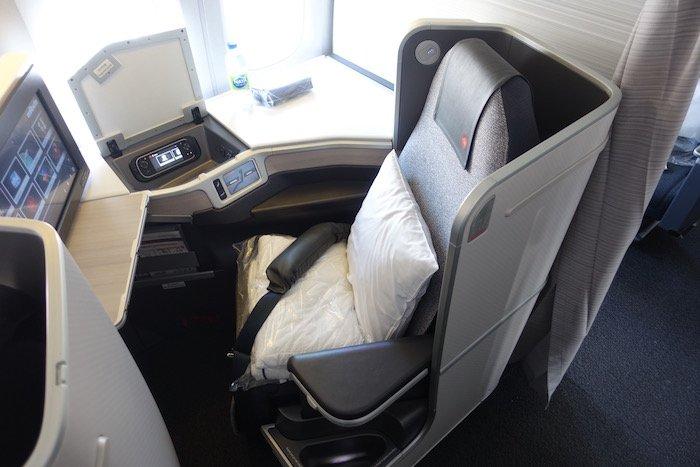 Air-Canada-777-Business-Class - 8