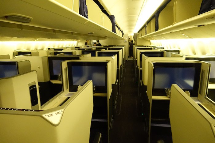 Japan-Airlines-Business-Class-777 - 2