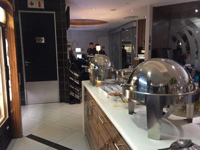 Johannesburg-Airport-Lounge - 13