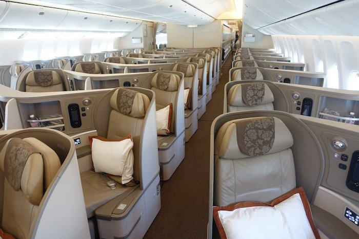 China-Eastern-Business-Class-777 - 4