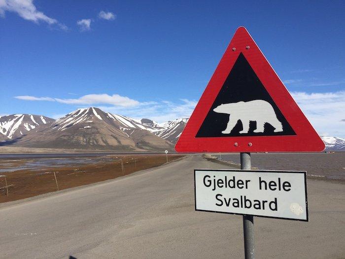 Longyearbyen-Polar-Bear-Sign