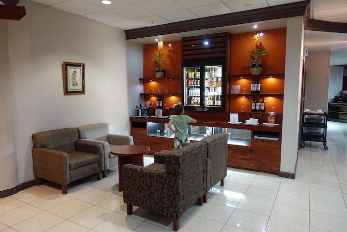 Fiji-Airways-Lounge-Nadi-Airport - 25