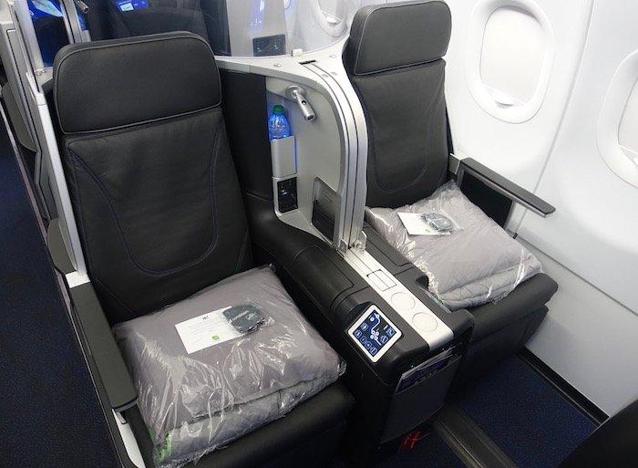 JetBlue-Mint-A321 - 3