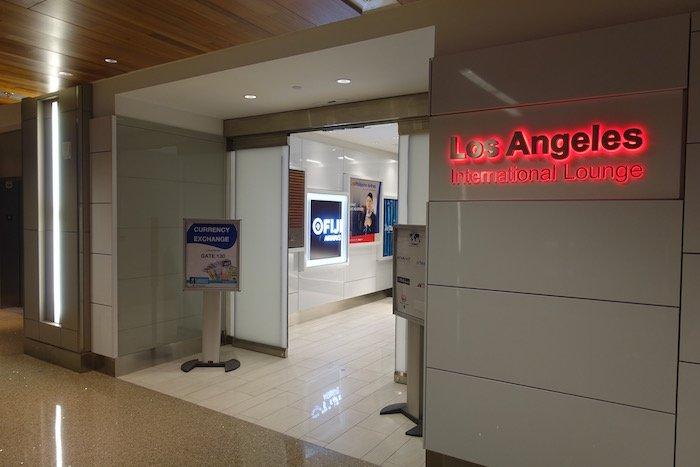 Los-Angeles-International-Lounge - 6