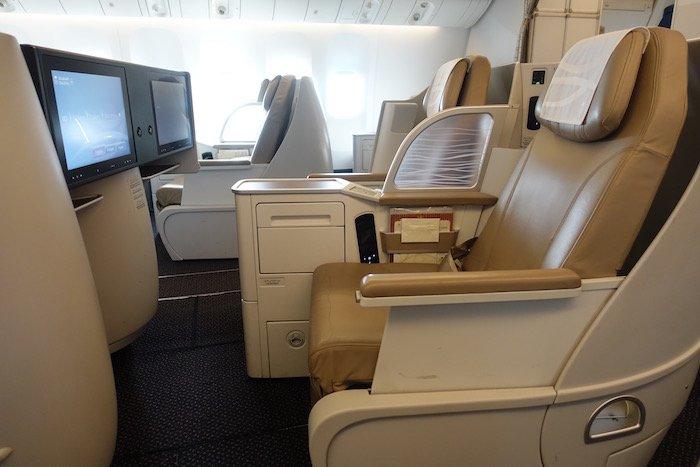 Saudia-Business-Class-777 - 14