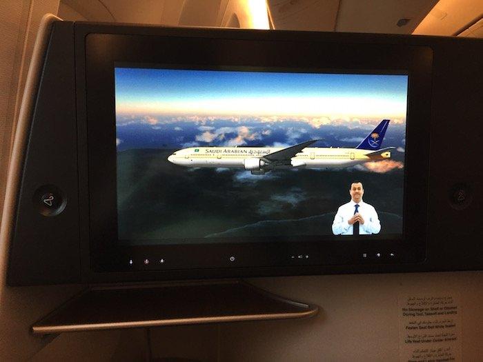 Saudia-Business-Class-777 - 26