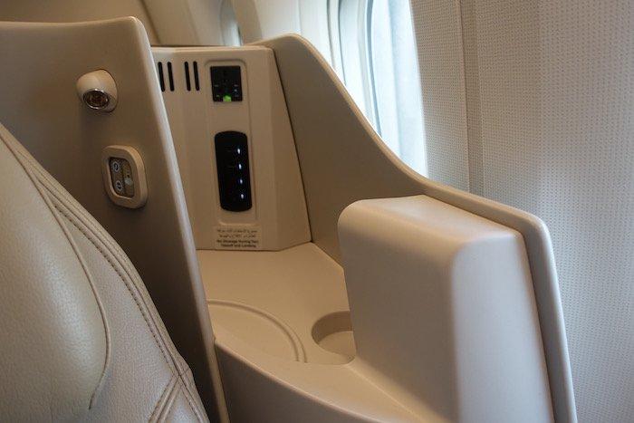 Saudia-Business-Class-777 - 8