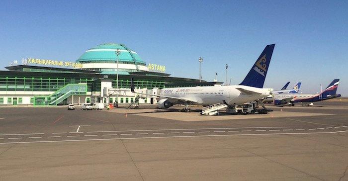 air-astana-757-business-class-17