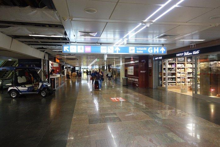 British-Airways-Lounge-Rome - 2