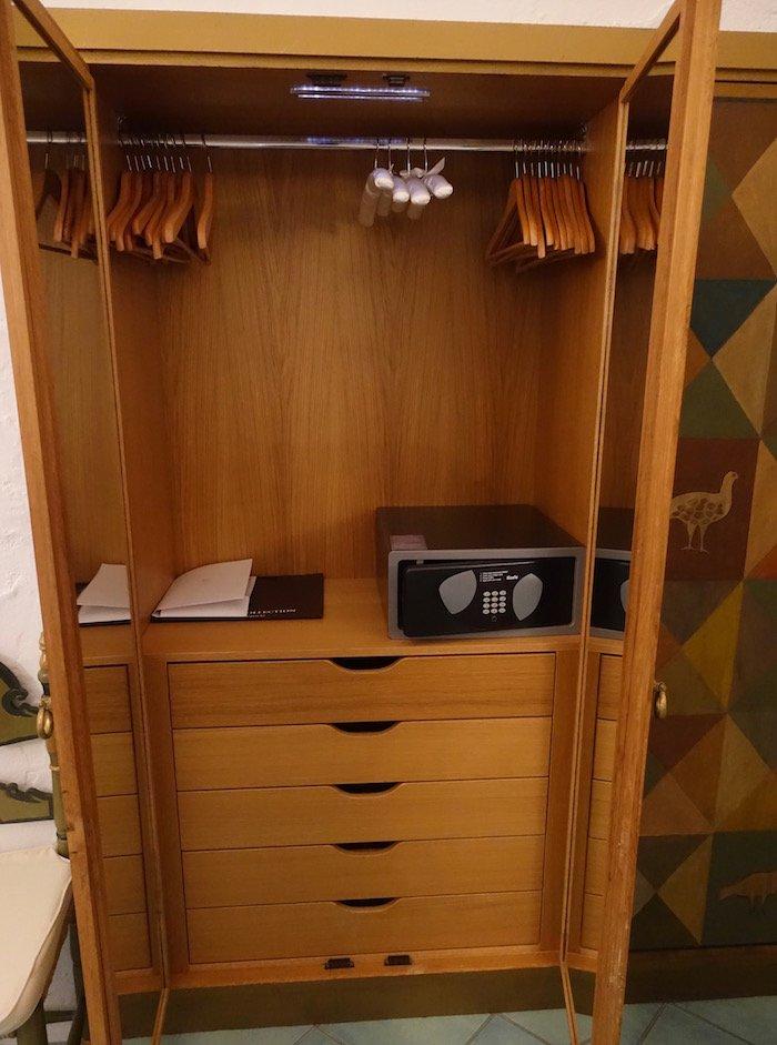 hotel-cala-di-volpe-porto-cervo-23