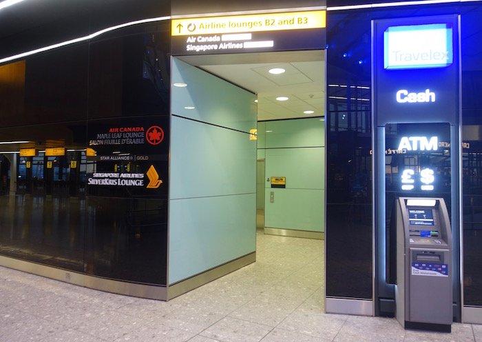 singapore-airlines-lounge-london-heathrow-1