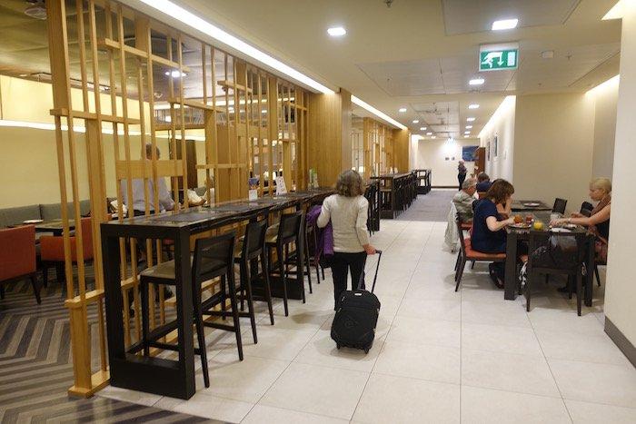 singapore-airlines-lounge-london-heathrow-29