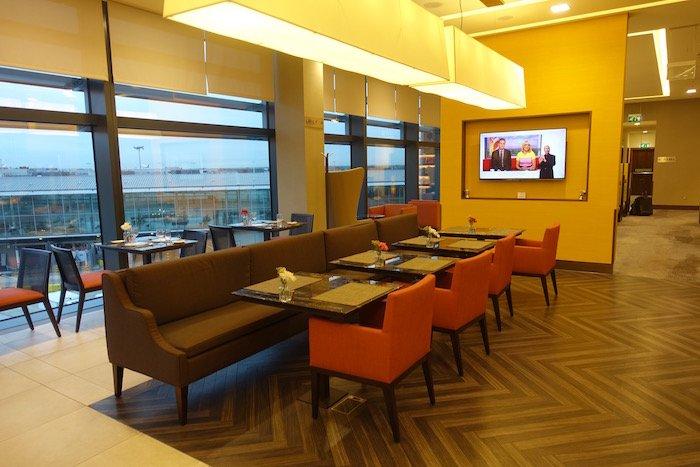 singapore-airlines-lounge-london-heathrow-6