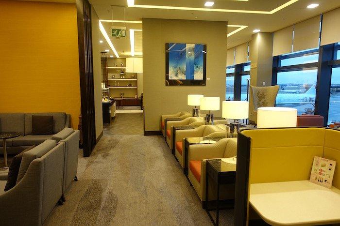 singapore-airlines-lounge-london-heathrow-9