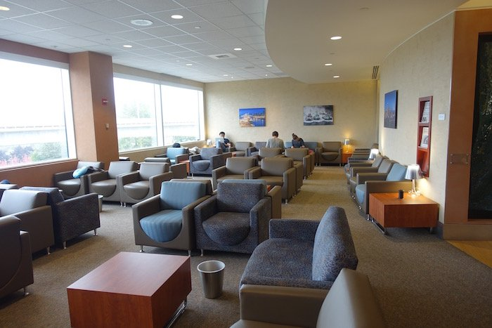 the-club-seattle-airport-12