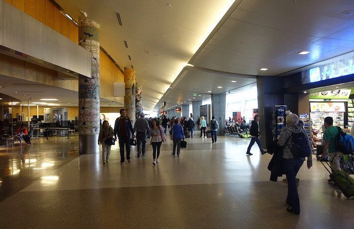 the-club-seattle-airport-3