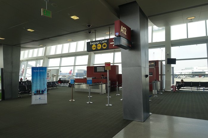 the-club-seattle-airport-30