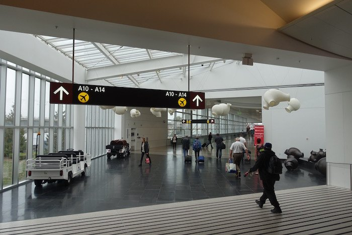the-club-seattle-airport-5