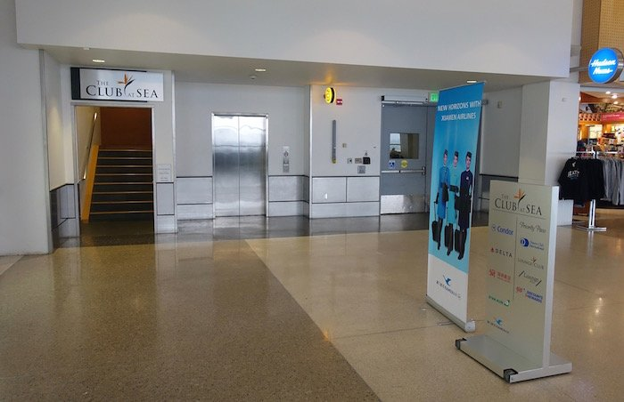 the-club-seattle-airport-6