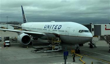 Here's The Apology Email United's CEO Just Sent Out To Customers
