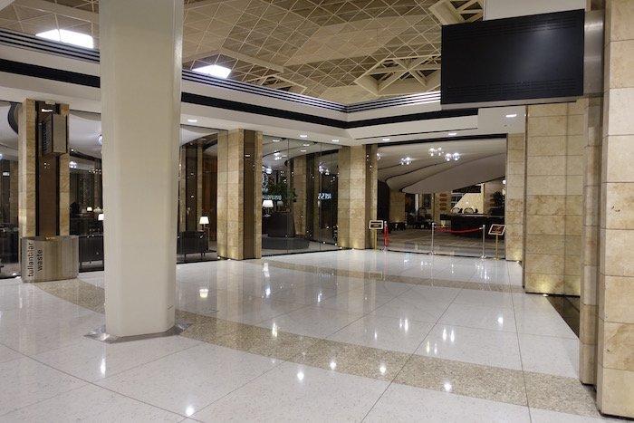 baku-airport-lounge-12