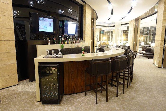 baku-airport-lounge-17