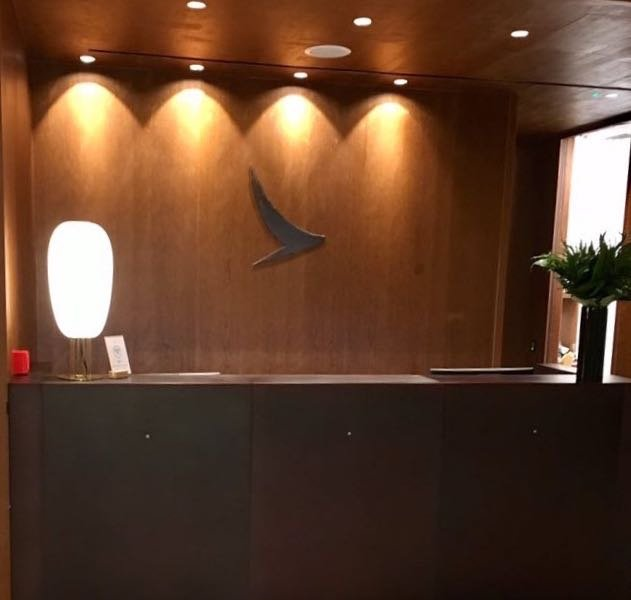 new-cathay-pacific-lounge-london-lhr-02