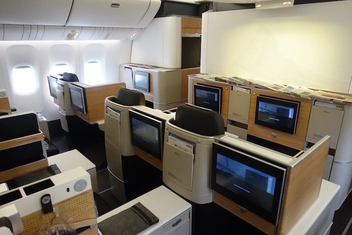 swiss-first-class-777-1