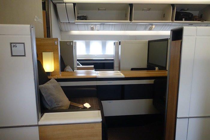 swiss-first-class-777-11