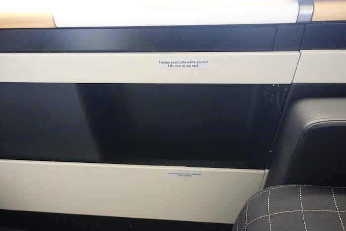 swiss-first-class-777-17