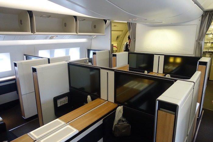 swiss-first-class-777-2