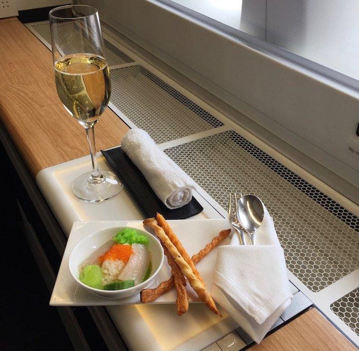 swiss-first-class-777-22
