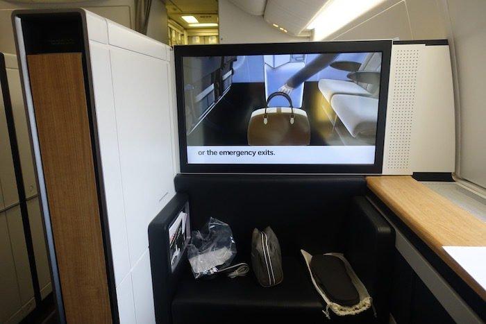 swiss-first-class-777-30
