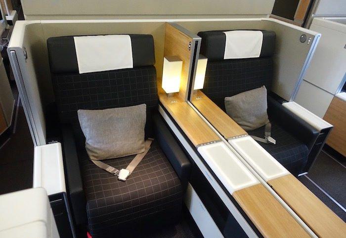 swiss-first-class-777-7