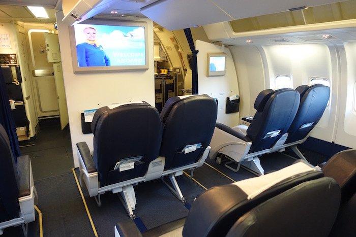 ukraine-airlines-business-class-767-1