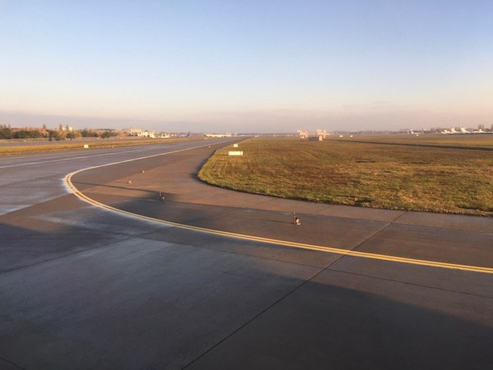 ukraine-international-business-class-737-29