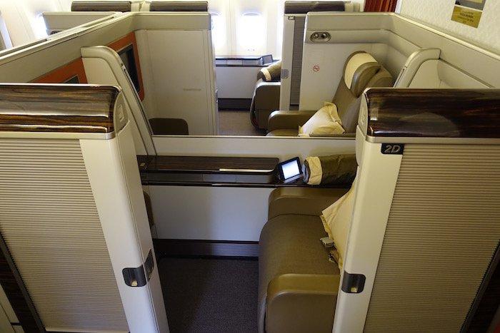 garuda-indonesia-777-first-class-4